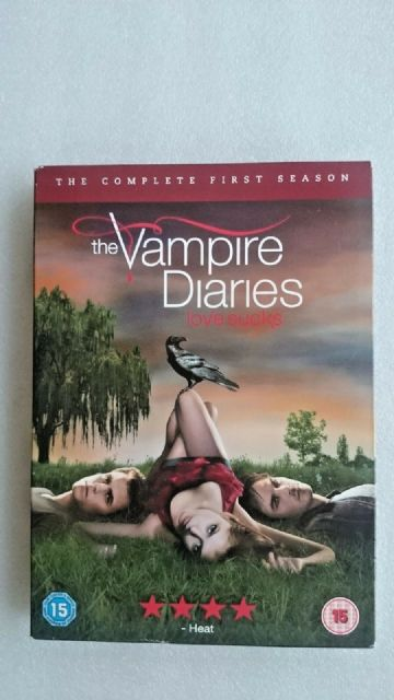 The Vampire Diaries - Series 1 - Complete (DVD, 2010)
